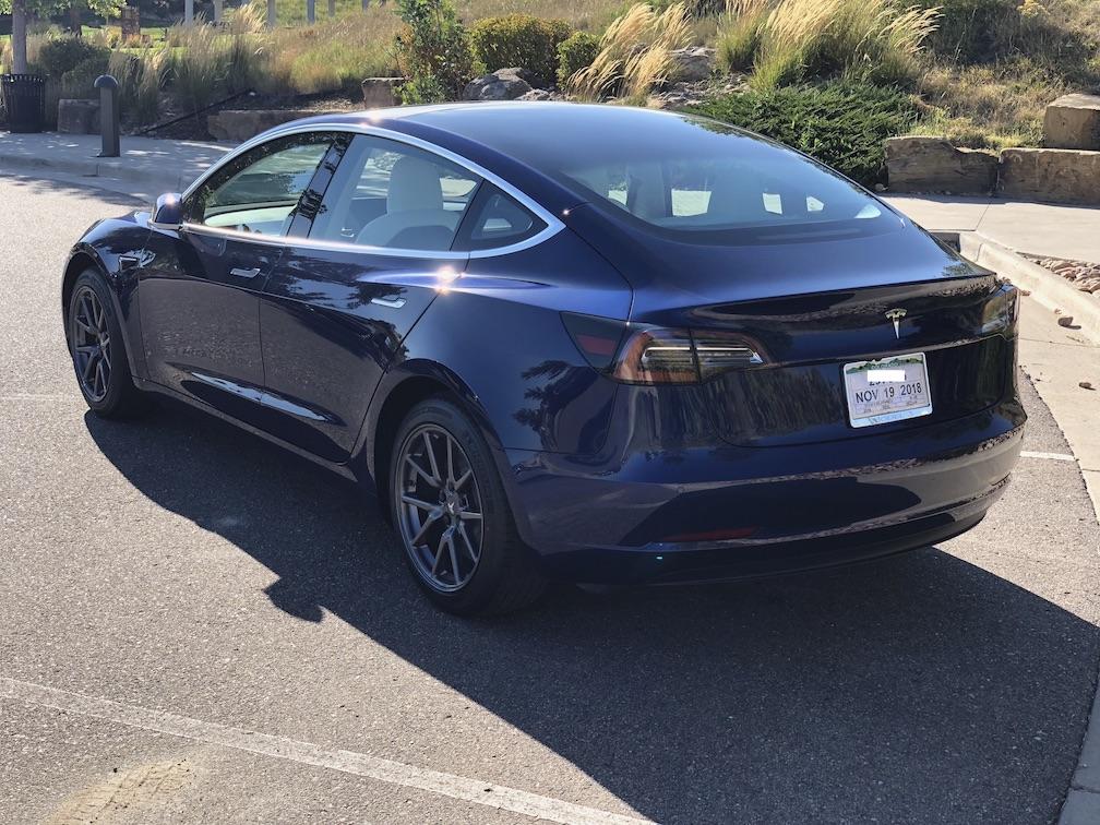 From 340xi to Tesla dual motor Model 3 - mini comparo